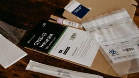 新冠自检盒将登陆法国药店和超市