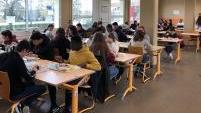 法国高中会考口试 师生呼吁取消冒险