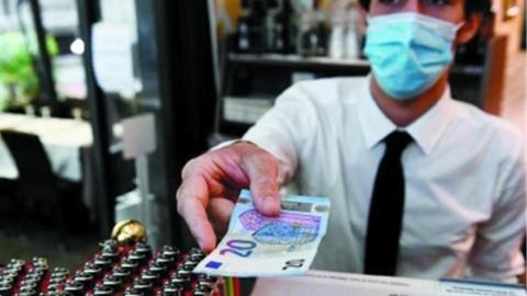 环球社会丨保守的欧洲终于要放弃纸币?