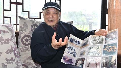 特稿|专访74岁文物修复大师杨晓邬:这辈子就为三星堆修文物