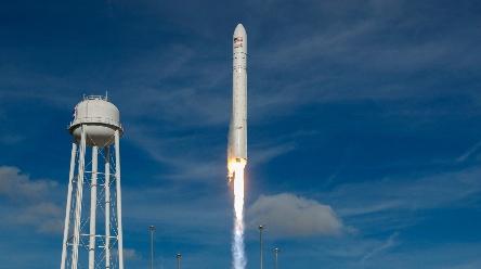 太空游客已抵达俄罗斯 计划今年底乘俄飞船升空