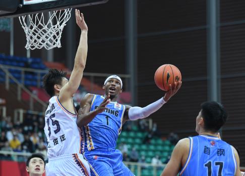 连赢三场也未必行,上海男篮进入季后赛希望渺茫