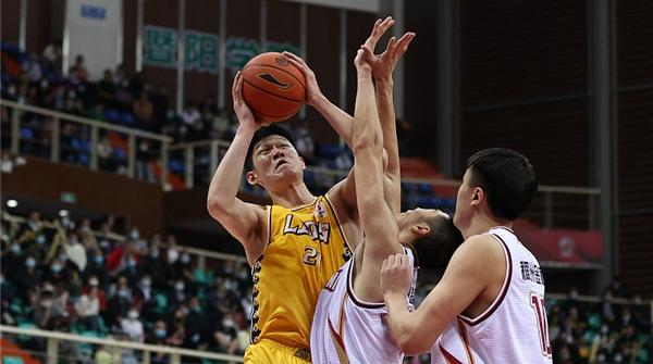 1125分!胡金秋打破CBA本土球员单赛季得分纪录