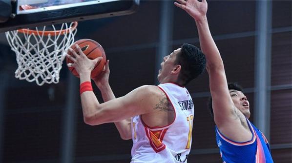 深圳男篮球员沈梓捷当选3月CBA联赛月度最佳防守球员