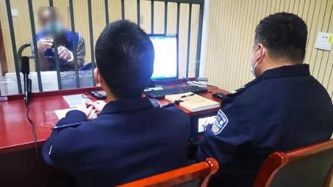 """为境外""""裸聊""""敲诈团伙提供技术支持! 宝山警方捣毁黑色产业链"""