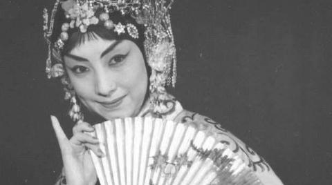 """被戏迷亲切称为""""小梅兰芳""""的京剧表演艺术家杜近芳走了"""