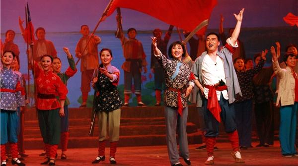 民族歌剧《洪湖赤卫队》时隔十年来沪,五一唱响熟悉的旋律