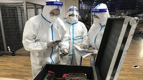 """16块电源零件PCB板包装简陋外标积灰严重!上海海关查获一批""""洋垃圾"""""""