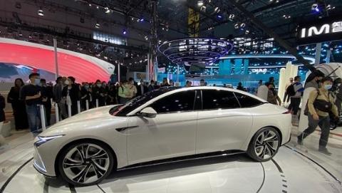 本土品牌向高端新能源车发力,生态链创新成上海车展亮点