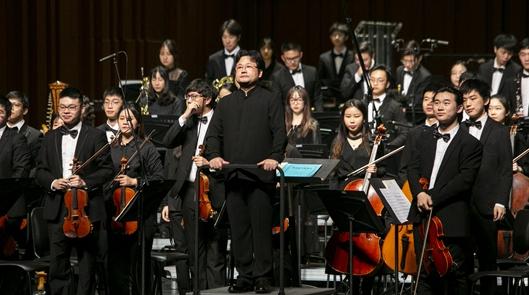 访中国经典管弦乐专场音乐会主创:把每一次排练当成党史学习的机会