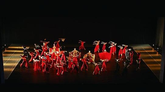 新民艺评|小舞蹈记录大时代