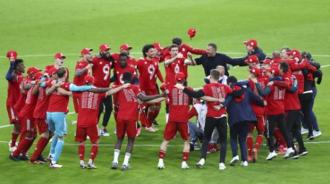 九连冠!拜仁提前锁定德甲冠军 莱万逼近单赛季进球纪录
