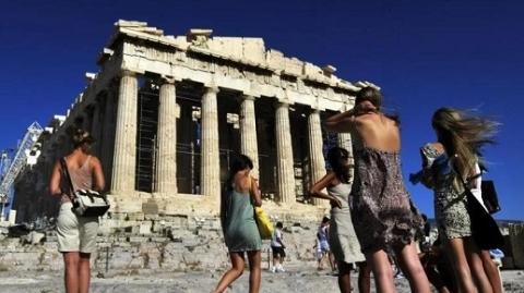 """希腊旅游业""""开门迎客"""""""