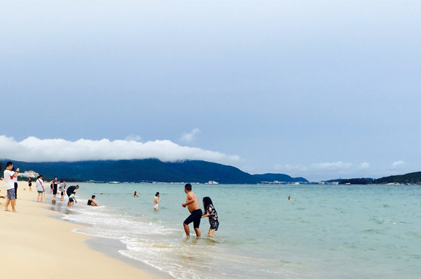 海南展开旅游消费市场综合整治.jpg
