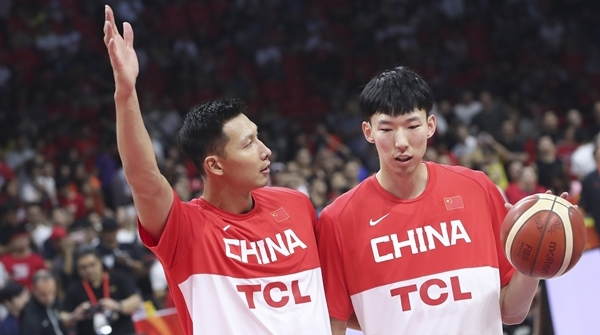 十年过去了,易建联仍是中国男篮核心,这究竟是喜还是忧?
