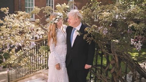 英国首相约翰逊低调结婚