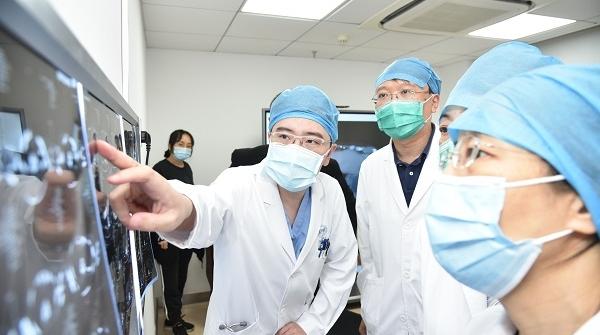 """一次门诊 一键预约 胸科医院多学科专家为您""""量身定制""""医疗服务"""