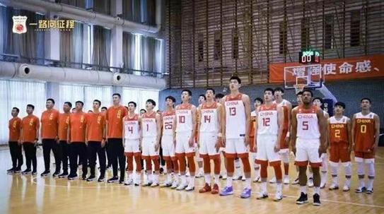 中国男篮最新名单出炉 14人明日出征亚洲杯预选赛