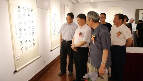 庆祝中国共产党成立100周年,百名将军诗词书法作品展举行