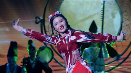 为时代画像,讲好中国故事的新疆篇章