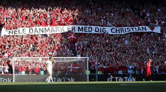 第10分钟的爱心停顿,丹麦对比利时赛中为埃尔克森祈福