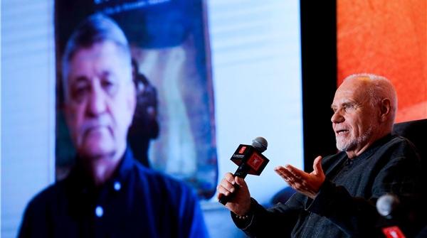 《俄罗斯方舟》导演索科洛夫对话制片人马可·穆勒:电影把我们连接在一起