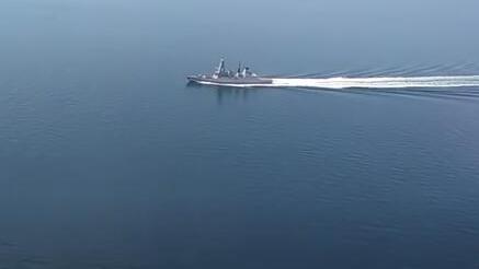 英国军舰被俄军实弹逼退 还想在南海挑事?