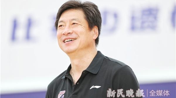 上海男篮新帅李春江首次亮相!关于执教大鲨鱼,他这么说……
