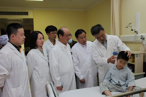 上海专家升级3D定制全耳廓 同步听力重建