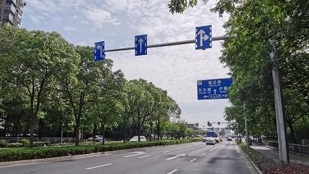 夏令热线   34处道路交通缓拥堵项目已完成