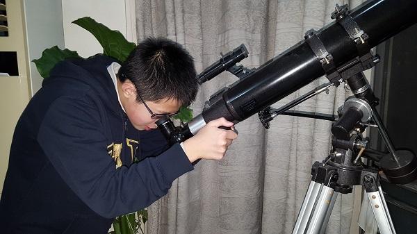 """""""从窗户看宇宙""""的16岁""""追星""""少年,终于考入北大天文系!"""