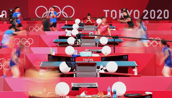 国乒继续进行赛前训练-新华社downLoad-20210722080734_副本.jpg