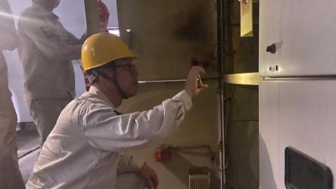 国网上海电力承担郑州37个小区抢修任务  首个小区已恢复供电