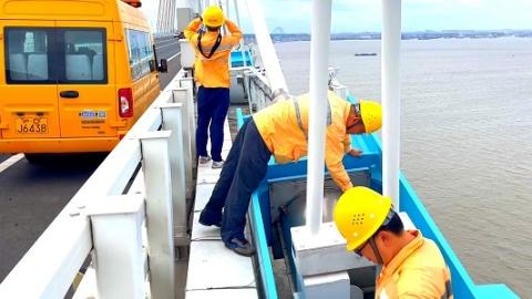 今天15时起,停运沪杭高铁及沪杭铁路部分旅客列车