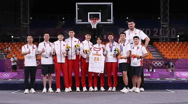 瀛奥运·记者手记 奥运奖牌背后的上海身影