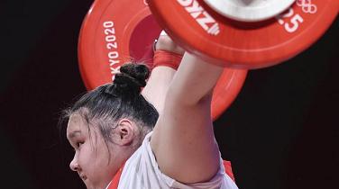 中国举重队一日双金圆满收官! 李雯雯夺得奥运会女子87公斤以上级冠军