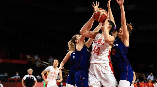 中国女篮不敌塞尔维亚,奥运之旅告一段落,虽有遗憾,但未来可期!