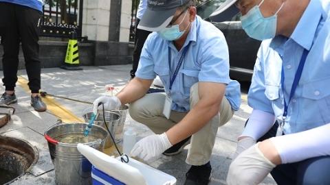 上午处置 涉嫌雨污混接混排 虎林广场面临最高50万元罚款