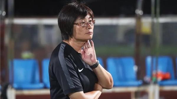 何不让水庆霞执掌中国女足?