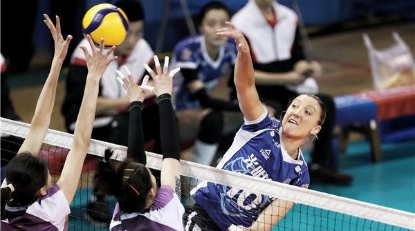 金软璟后,美国女排队长拉尔森也将重返上海女排!