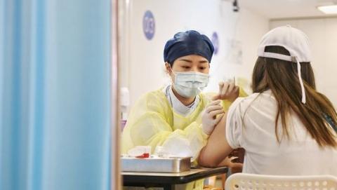 新民快评 最有效保障仍是疫苗接种