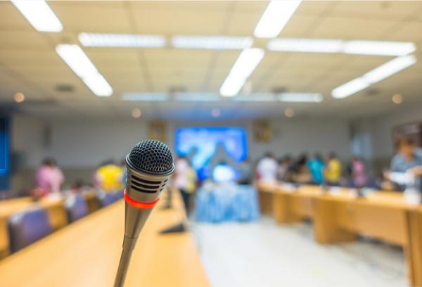 文学、电影史、生物学……高校教授通过直播分享通识知识
