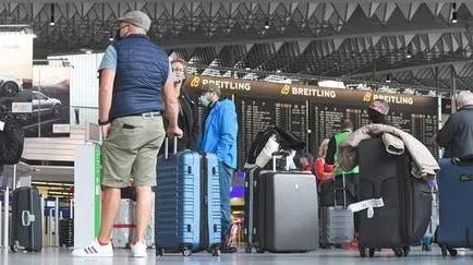 旅客回来了,8月法拉克福机场客流量同比暴涨123%