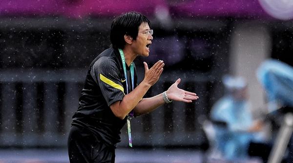 水庆霞的中国女足执教之路起步了,但她要做的事还有很多……