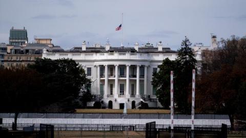 """美国政府再度面临""""关门""""危机"""