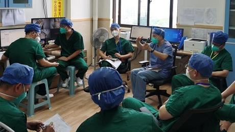 """在上海""""大白""""照料下 莆田11名新冠患儿出院啦!"""
