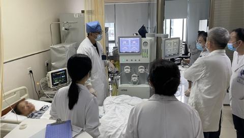"""加热化疗药""""慢煮""""肿瘤病灶 上海十院肿瘤科推出腹腔种植转移癌新疗法"""