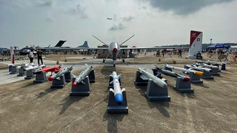 """""""国之重器""""背后必有""""国之栋梁""""!中国航空航天与国防科技成果丰硕"""